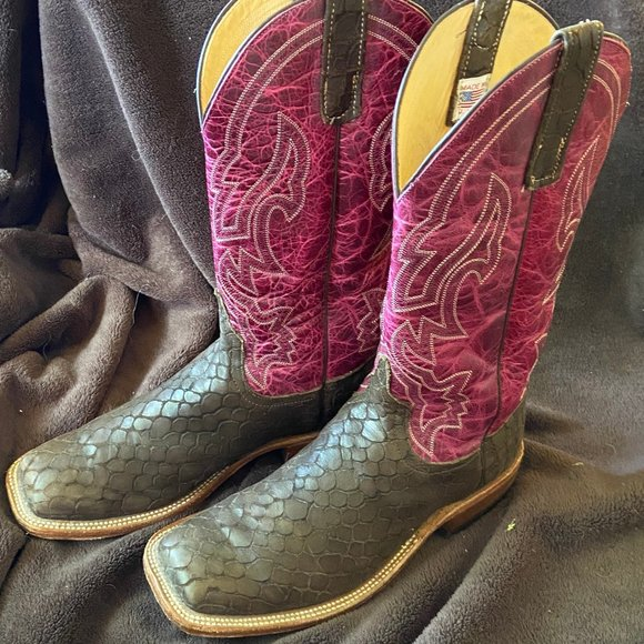 Size 105d Lochness Square Toe Boots
